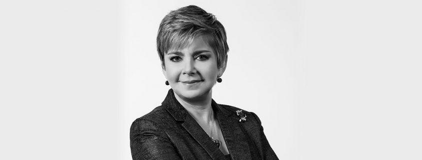 Mónica Flores Barragán